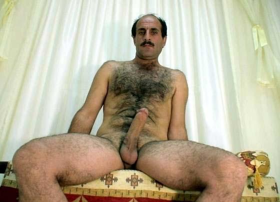 homem careca pau grande