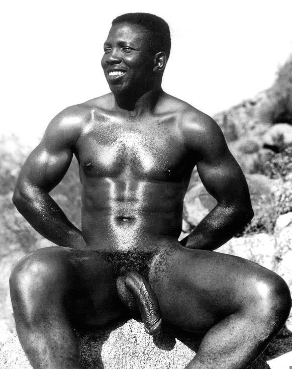 Negros Dotados: africano pelado pauzudo pentelhudo