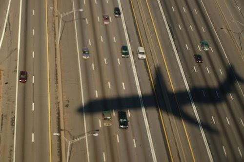 Fogonazos De qu tamao son las sombras de los aviones