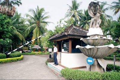Entrance Gate with Guard Nuansa Bali Hotel Anyer