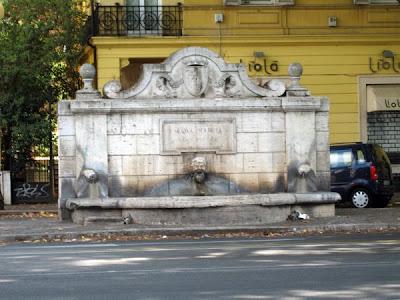 Aqua Marcia Fountain