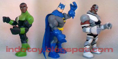 justice league action figure