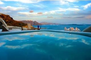 Mystique en la isla Santorini