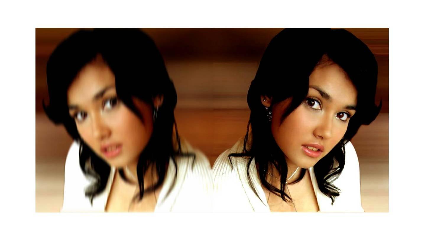 [maria+mirror.jpg]