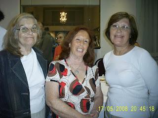 Mujeres Pintoras en la muestra.