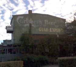 Carlsberg Guld-Export reklame på husgavl i Hillerød 2007