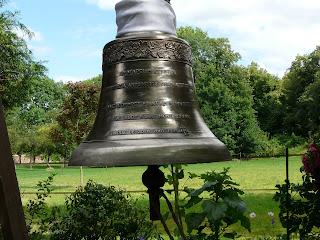 Une cloche... pourquoi faire ? 1 Juillet+2008+402