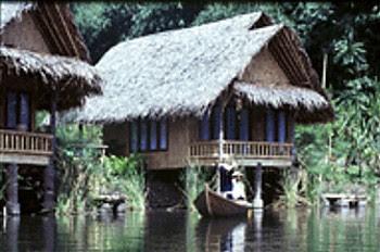 Kampung Sampireun Villa