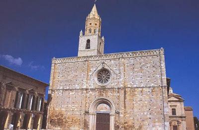 CasaMonteverde Holiday Home Riapre il Duomo di Atri