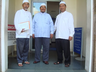 Ustaz Nazir bersama pimpinan PAS Wilayah yang lain sebaik sahaj selesai berunding dengan pimpinan PKR