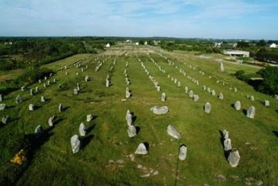 carnac stones 9 Most Amazing Overlooked Mysteries in History