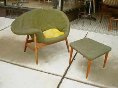 fried egg chair walmart game chairs x rocker eunstudio com incroyable http referencelibrary blogspot 2007 12