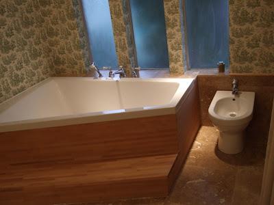 a pronomen bath tub surround  IKEA Hackers  IKEA Hackers