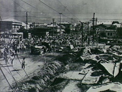 manila Philippines People Filipino Pinoy Pilipinas Old Black White Pictures destruction war wwii street scene noon