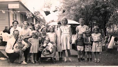 Victoria Day Picnic - 1949?