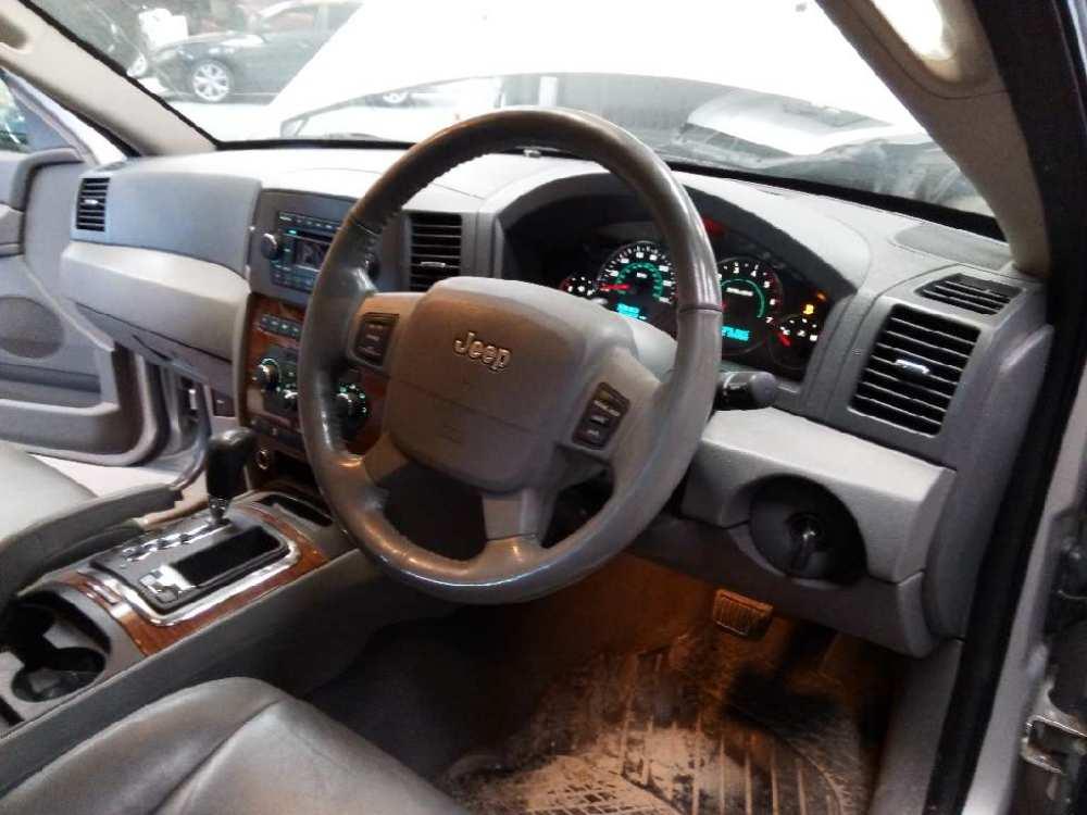 medium resolution of  right rear window switch 04602933aa jeep grand cherokee iii wh wk 3 0