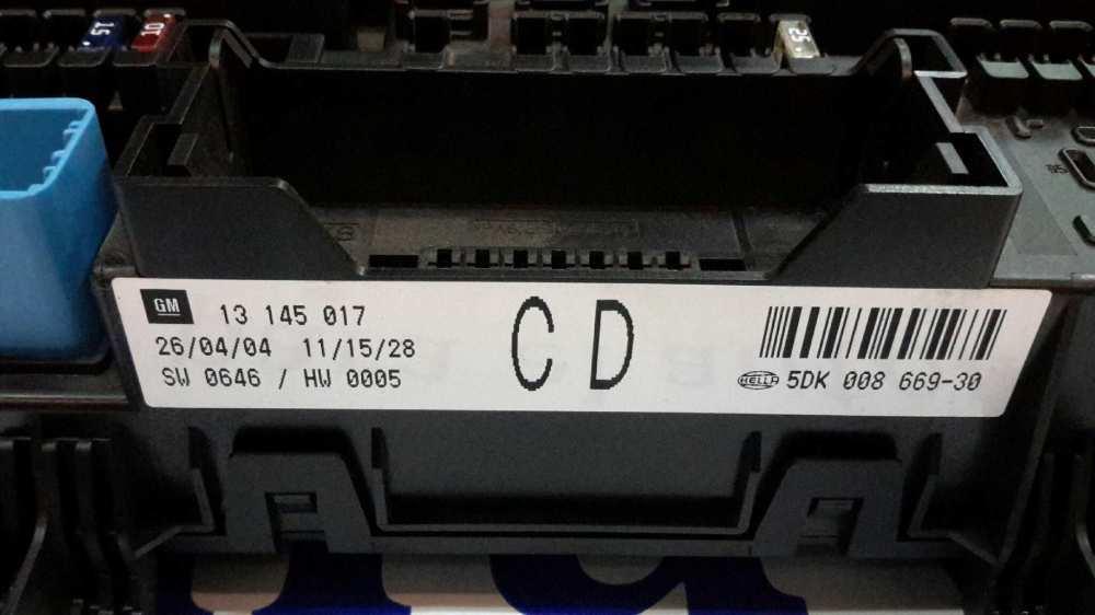 medium resolution of fuse box 5dk00866930 opel astra h a04 1 6 l48 5