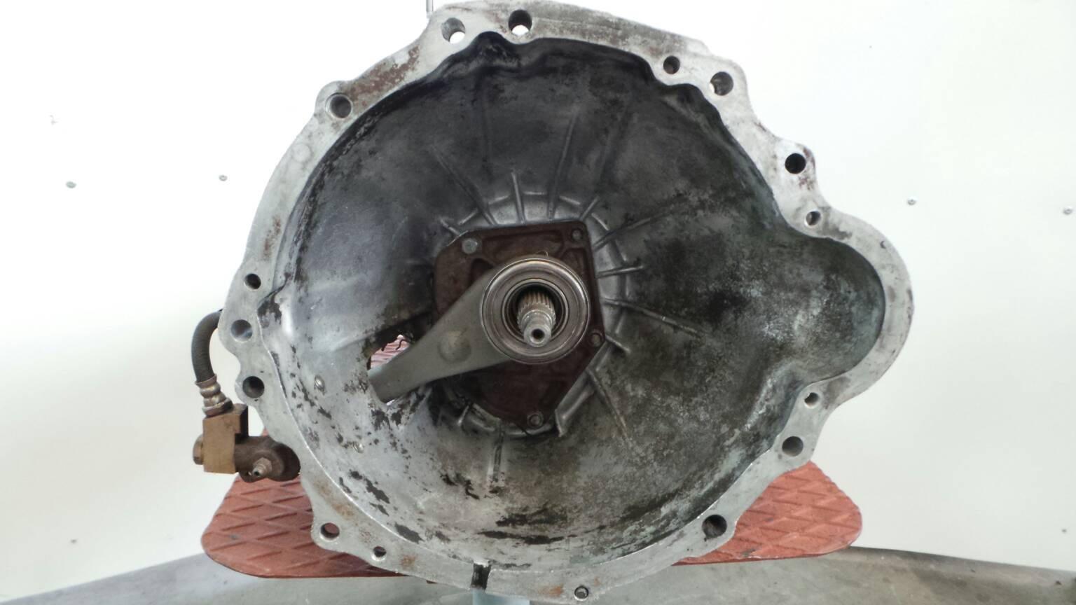 hight resolution of manual gearbox nissan urvan box e23 2 3 d 68hp sd23