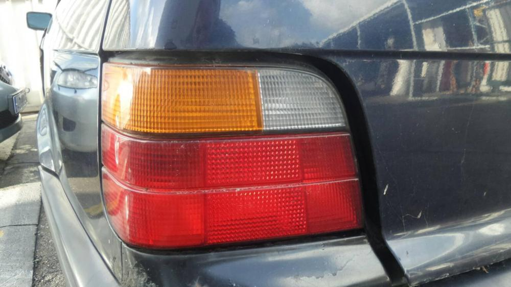 medium resolution of left taillight bmw 3 touring e36 318 tds 5 doors