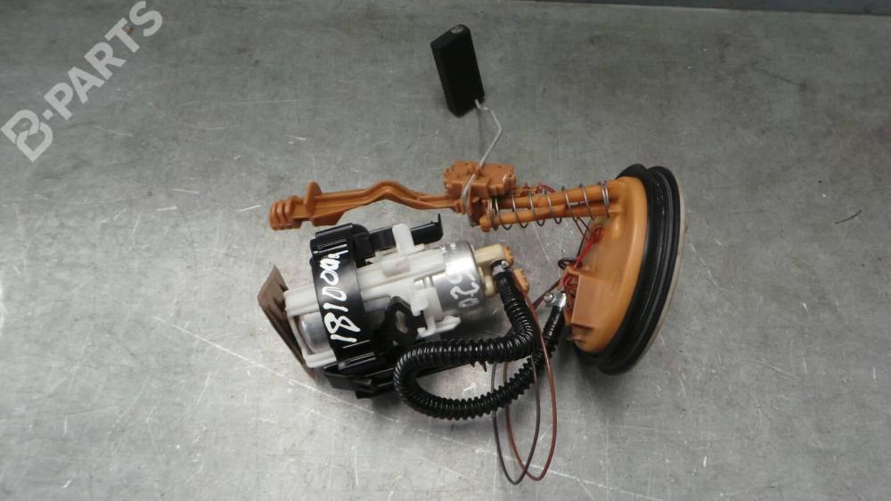 medium resolution of fuel pump 1183130 bmw 5 e39 520 i 4 doors