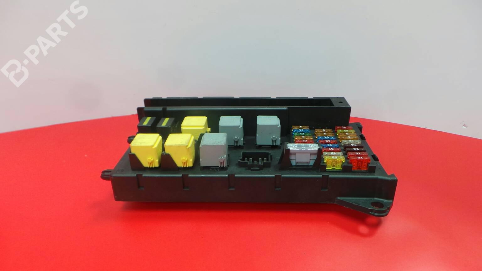 hight resolution of fuse box a9065454201 mercedes benz sprinter 3 5 t box 906