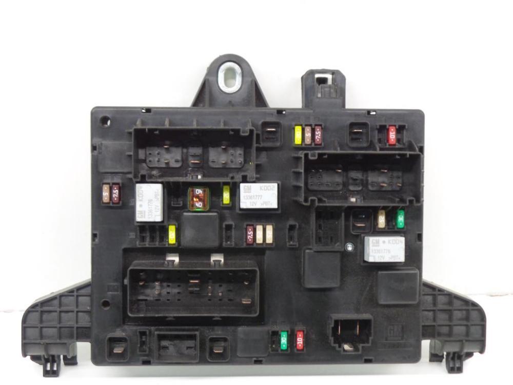 medium resolution of fuse box 13368653 365927 opel zafira tourer c p12 1 4 75