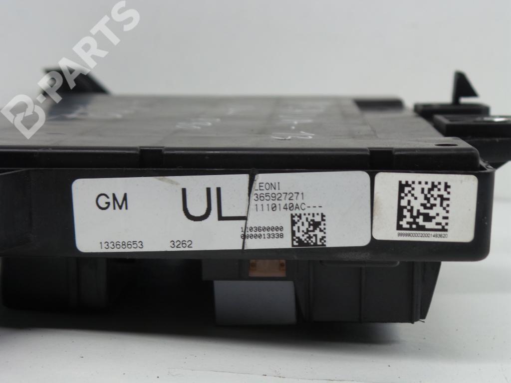 hight resolution of fuse box 13368653 365927 opel zafira tourer c p12 1 4 75