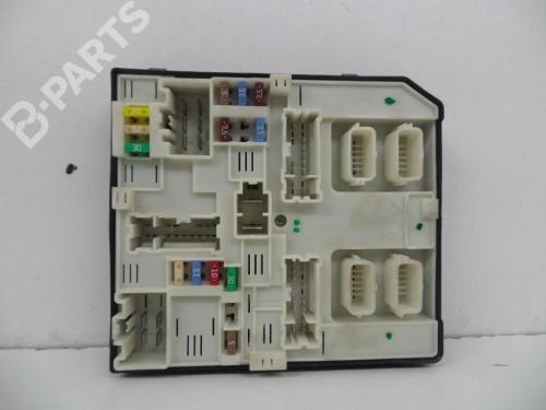 small resolution of  fuse box 284b66645r 519533f02 2397621981 novo 0 km renault kangoo grand