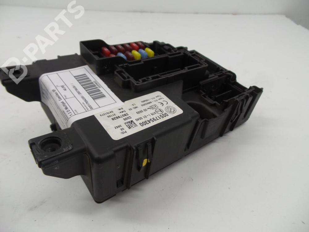 medium resolution of fuse box 00517954300 28079638 fiat grande punto 199 1 3 d multijet