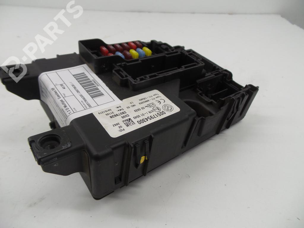 hight resolution of fuse box 00517954300 28079638 fiat grande punto 199 1 3 d multijet