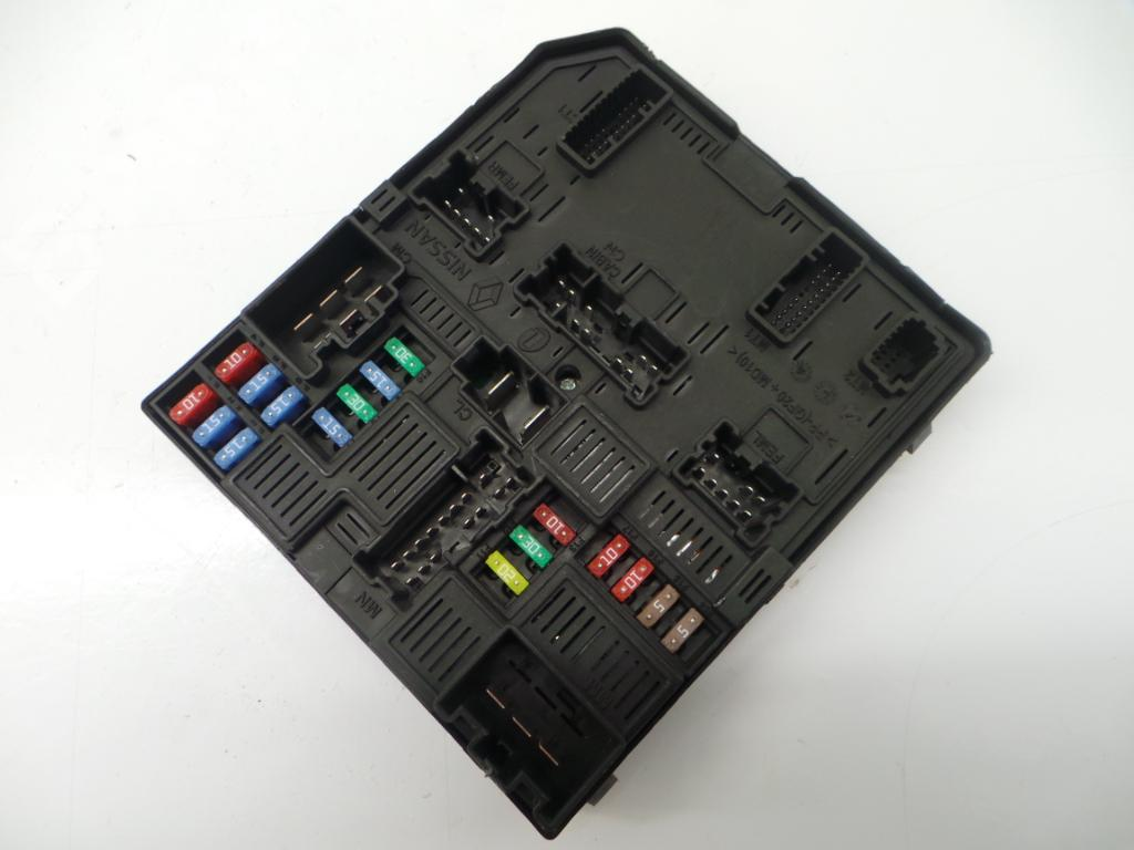 hight resolution of fuse box 284b66727r 1735662916 renault megane iv grandtour k9a m n