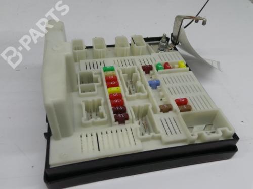 small resolution of fuse box 8201044237b 519220305 usmx61 renault kangoo grand kangoo kw0