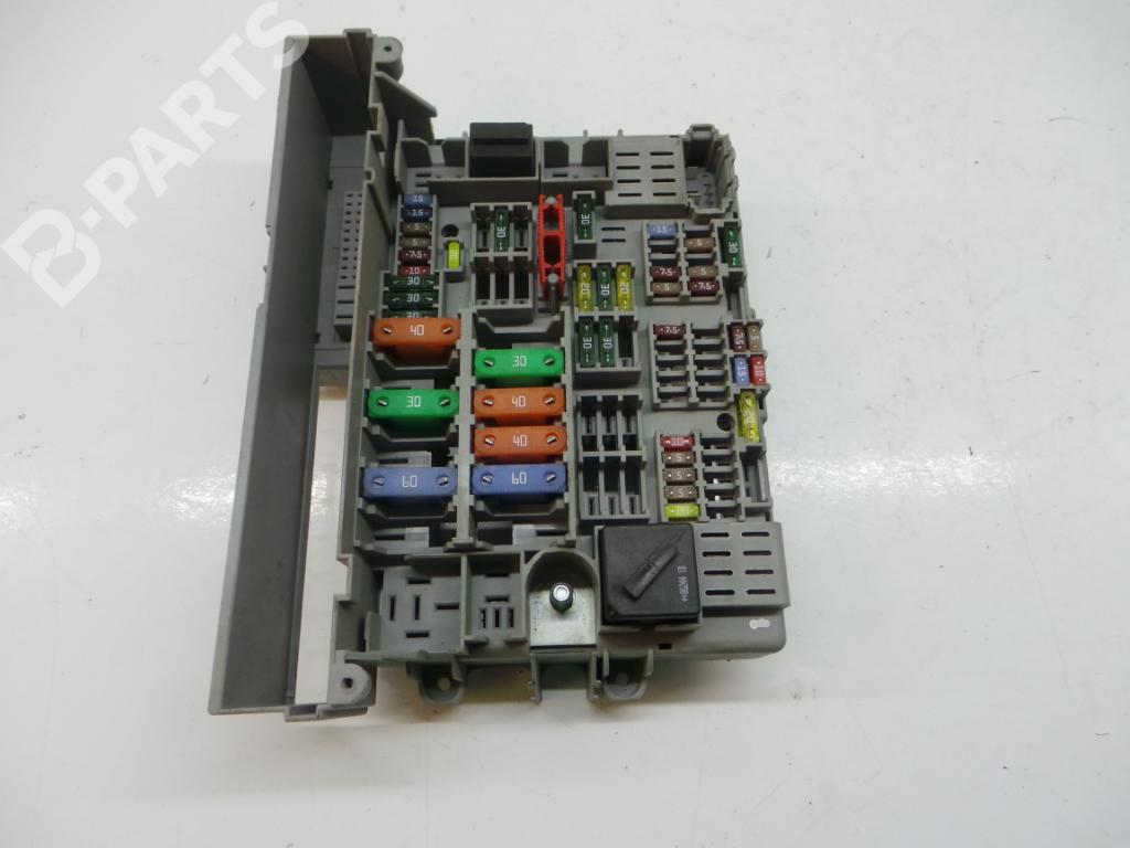 hight resolution of fuse box bj3a121640 6906624 bmw 3 e90 320 i 4 doors
