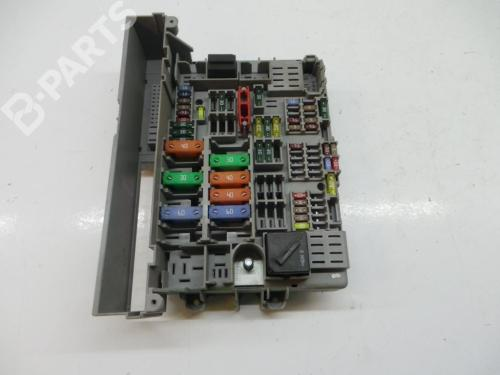 small resolution of fuse box bj3a121640 6906624 bmw 3 e90 320 i 4 doors