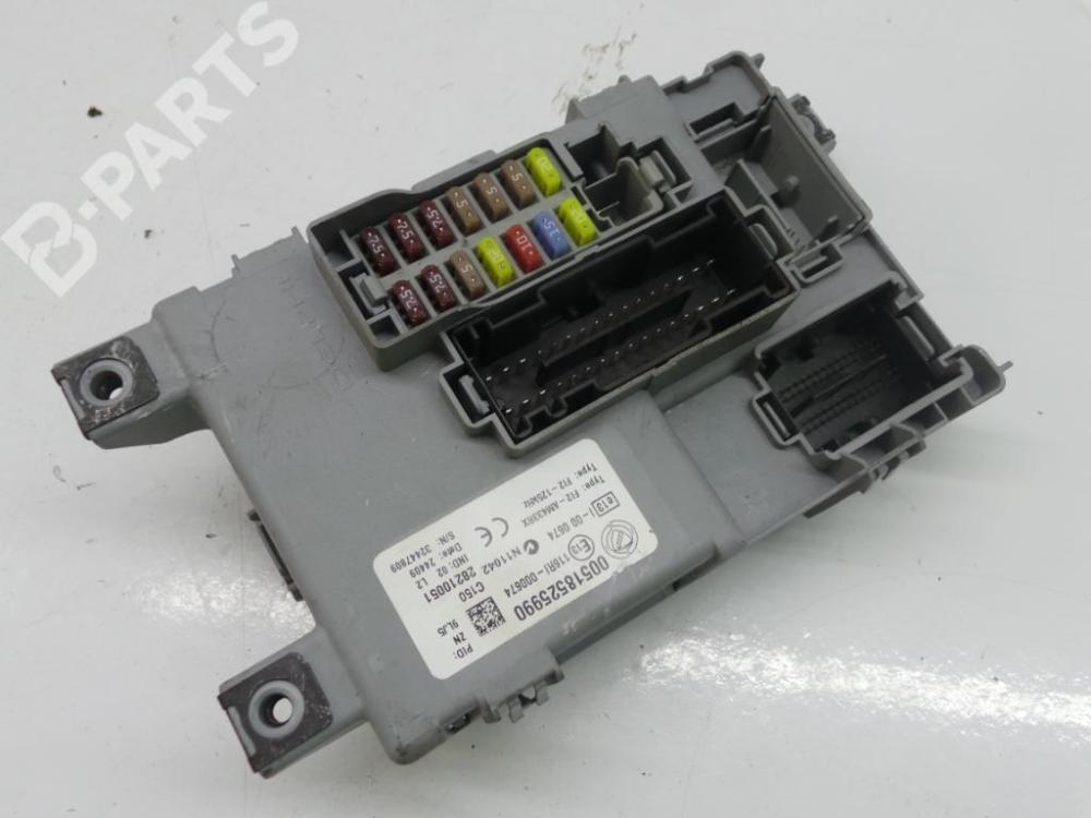medium resolution of fuse box 00518525990 28210051 fiat 500 312 1 2 5 doors