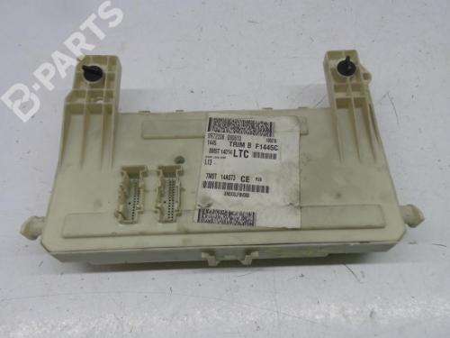 small resolution of fuse box 97ra000001 7m5t14a073 ford focus c max 1 6 tdci 5 doors
