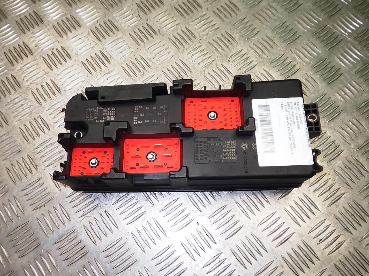 hight resolution of fuse box opel vectra c estate z02 1 9 cdti f35 b