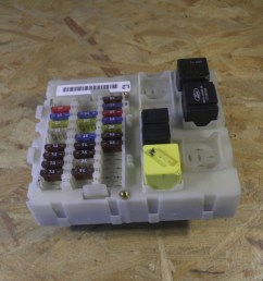 fuse box 98ag14a073ah ford ford focus daw dbw 1 4 16v [ 1260 x 945 Pixel ]