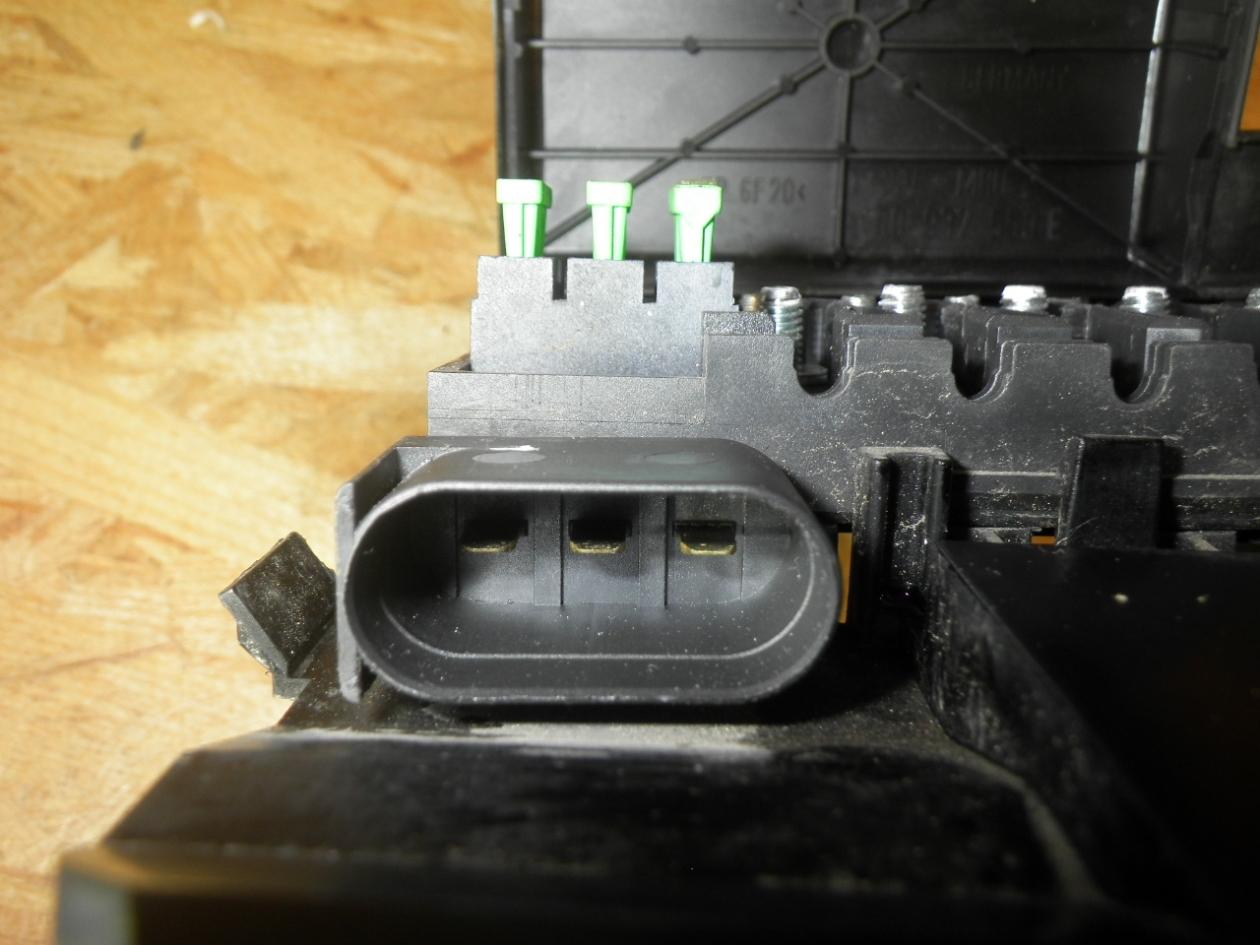 hight resolution of  fuse box 1c0937559c vw vw new beetle 9c1 1c1 2 0