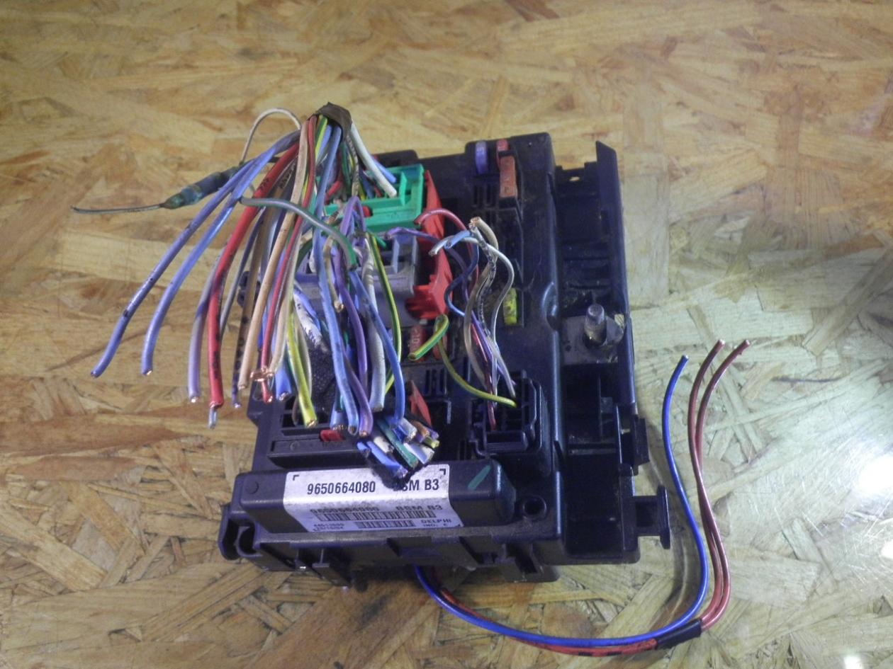 hight resolution of fuse box 9650664080 peugeot peugeot 307 break 3e 1 6 hdi 110