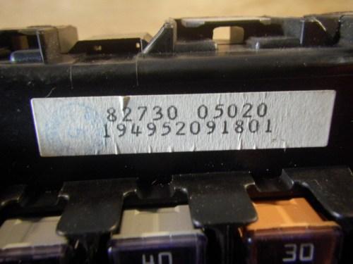 small resolution of  fuse box 8273005020 toyota toyota avensis estate t22 1 8 zzt221