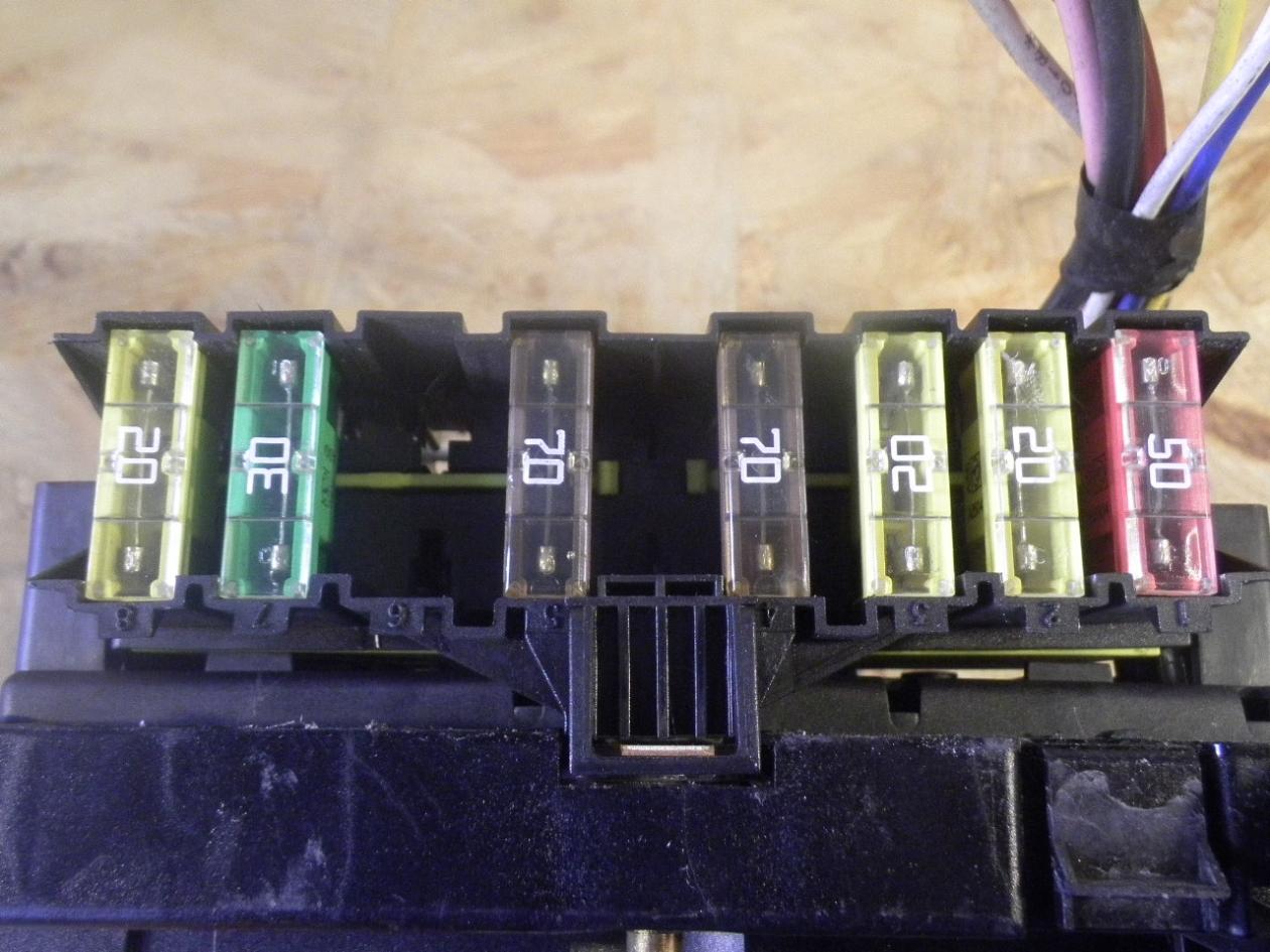hight resolution of  fuse box 9650663980 peugeot peugeot 206 hatchback 2a c 1 1