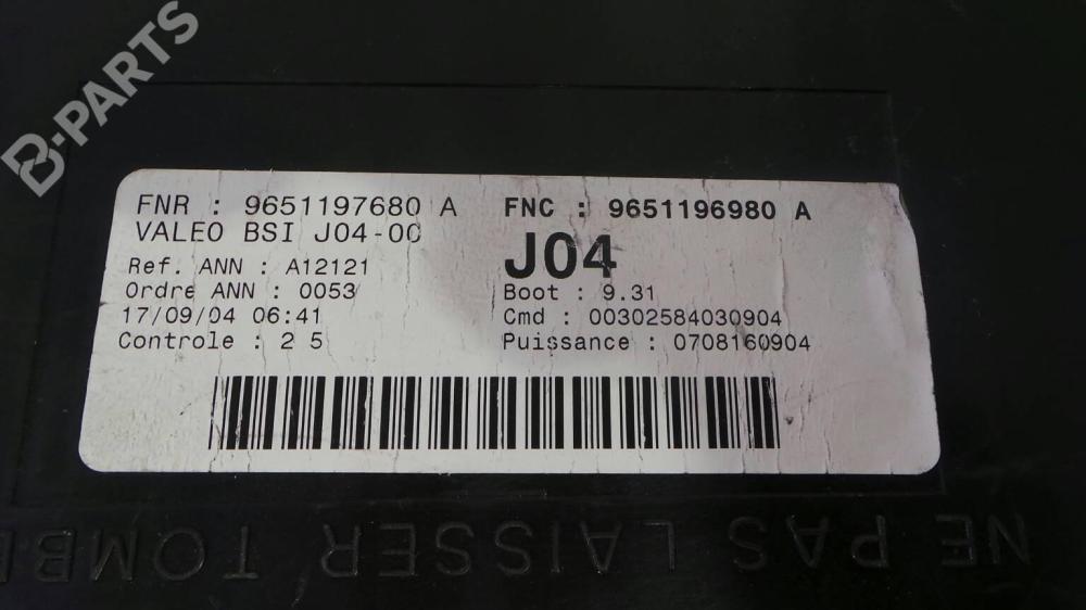 medium resolution of fuse box 96 511 976 80 a peugeot 307 3a c 2 0