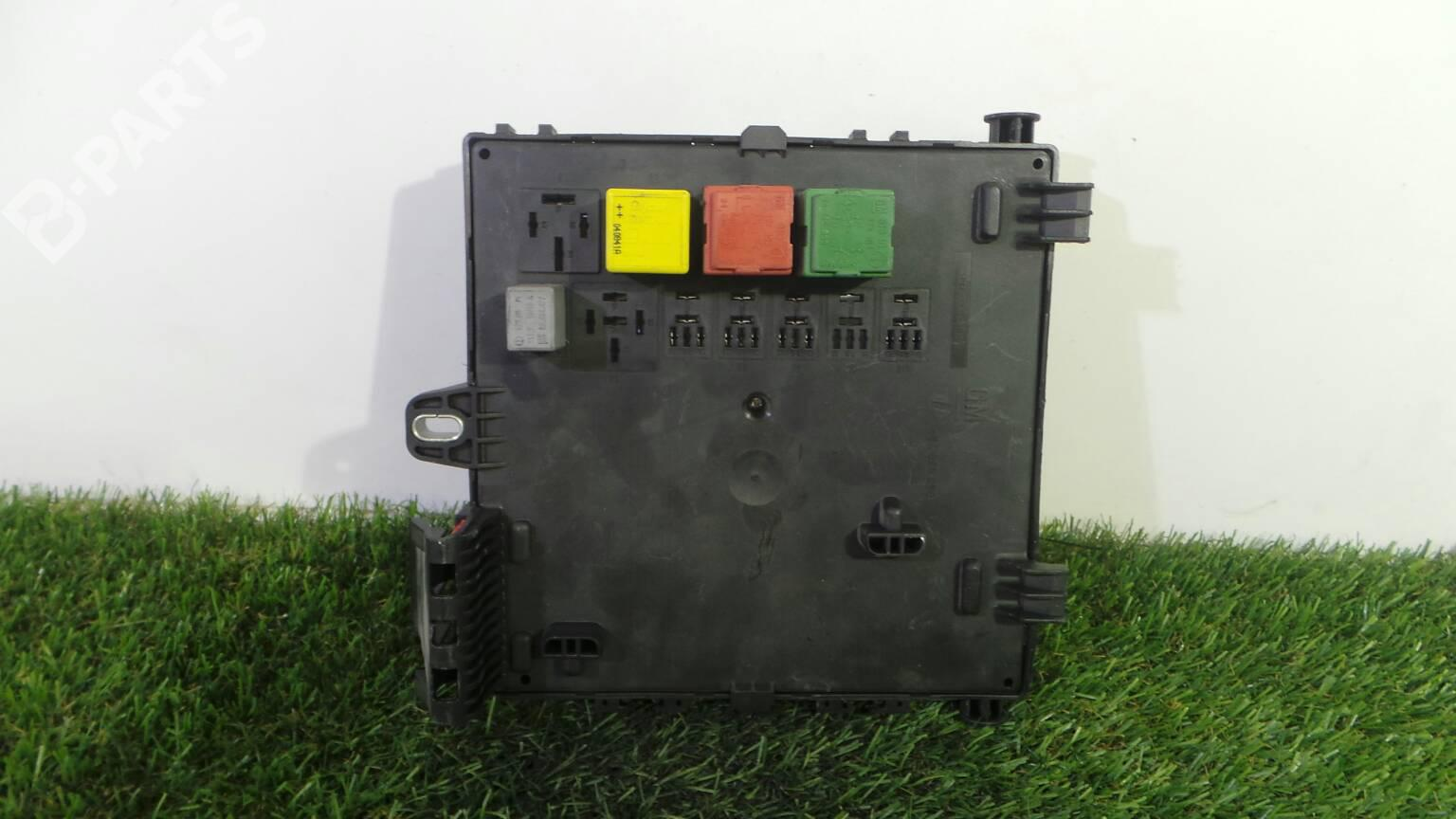 hight resolution of fuse box 13 170 890 opel vectra c z02 3 0 cdti f69