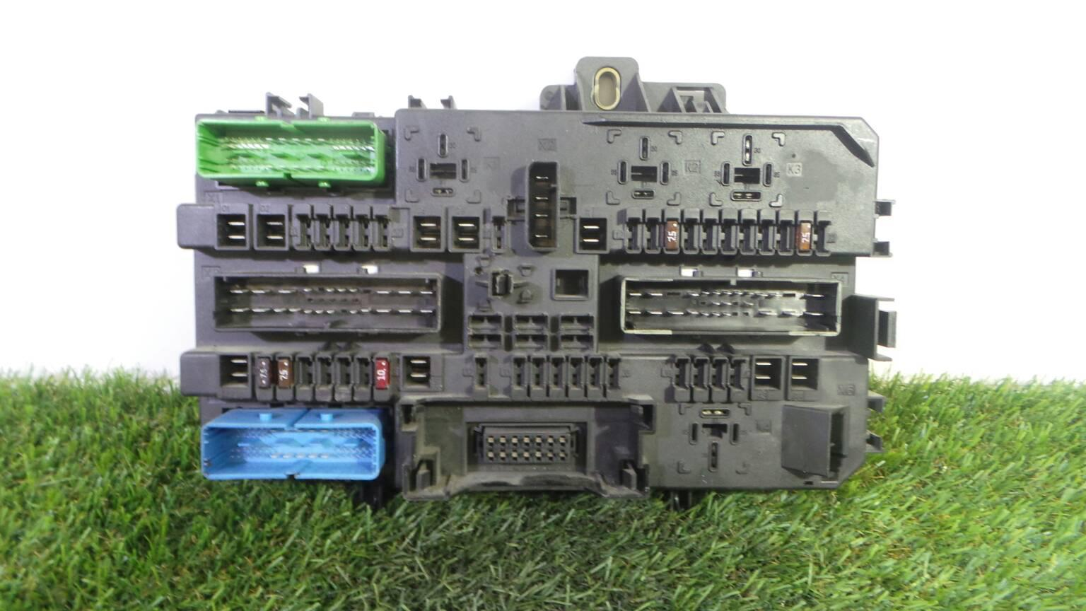 hight resolution of fuse box 13 145 017 opel astra h a04 1 7 cdti l48