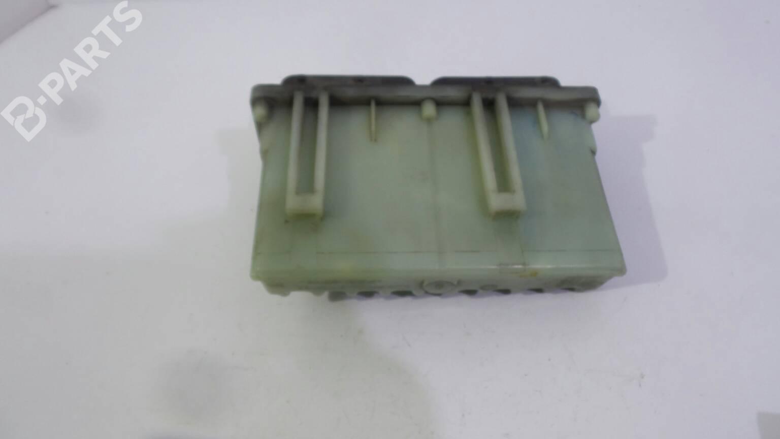 hight resolution of  fuse box 24462347 opel astra g hatchback t98 1 7 dti 16v f08