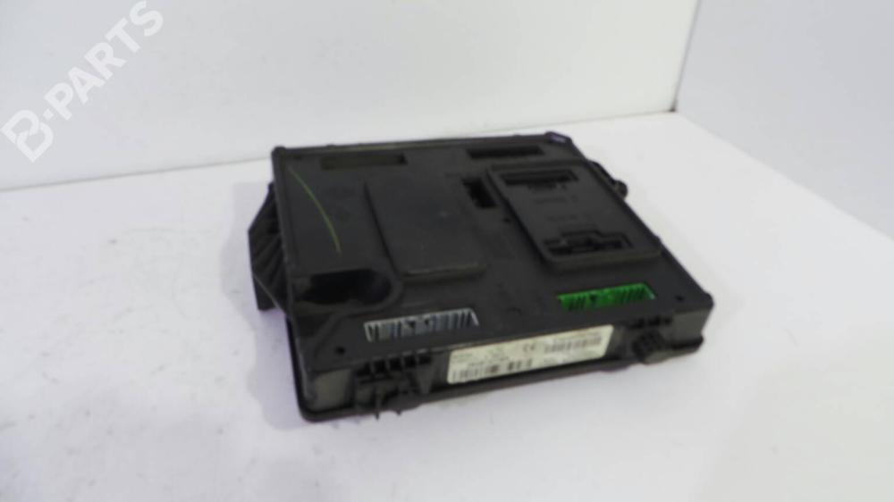 medium resolution of fuse box 284b15778r renault megane iii hatchback bz0 1 1 5 dci