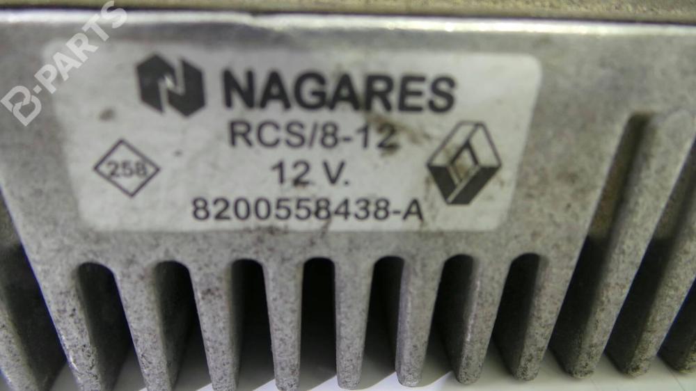 medium resolution of  fuse box 8200558438a nissan qashqai qashqai 2 i j10 jj10