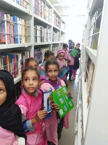 المكتبة المتنقلة بلدية دلدول (8)