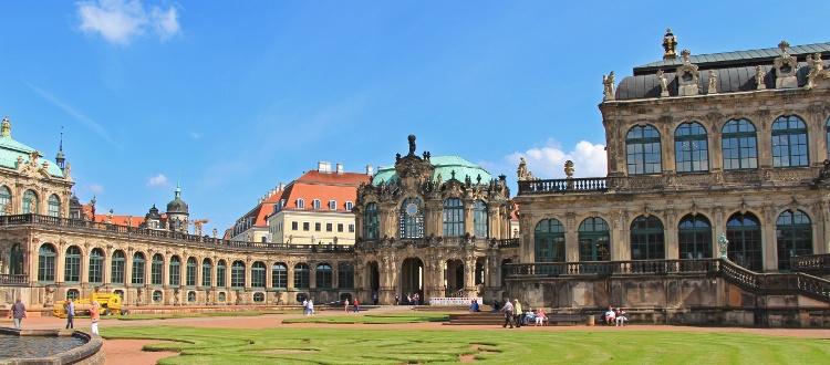 Wycieczka szkolna do Drezna. Zwiedzanie stolicy Saksonii i jej zabytków takich jak Zwinger, galeria starych mistrzów